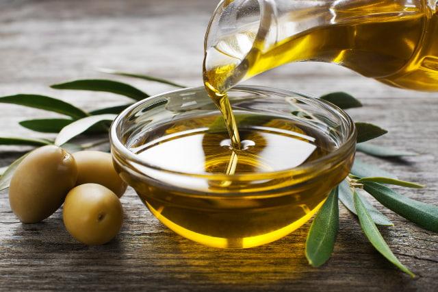 なぜオリーブオイルは熱や酸化に強いのか